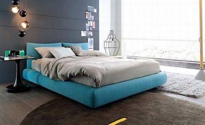 кровати голубого цвета